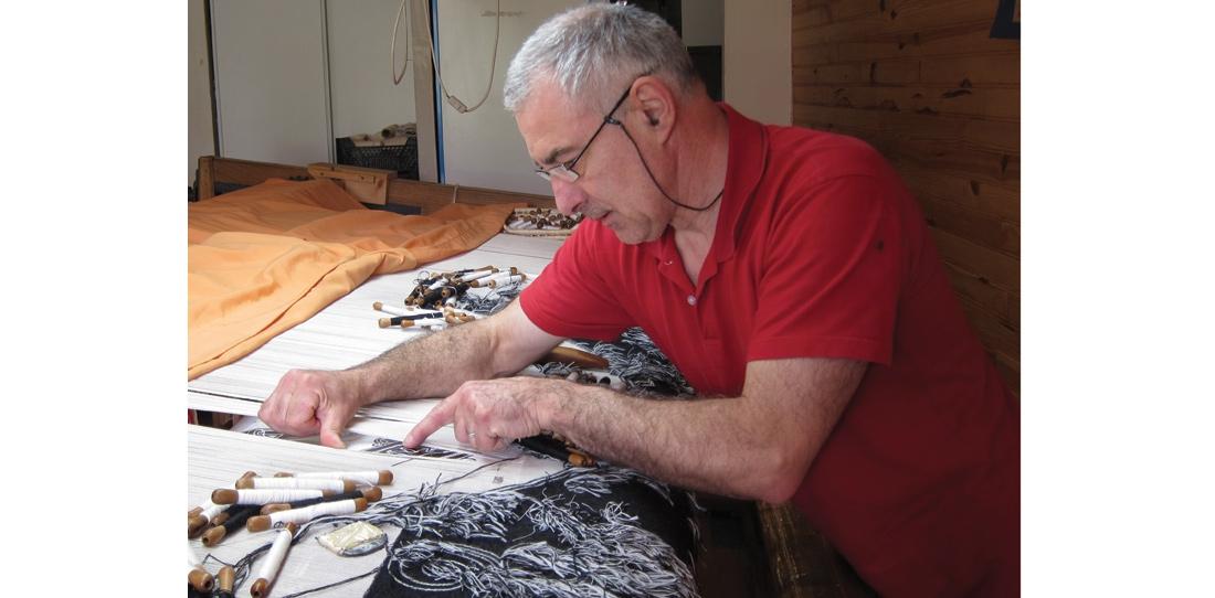 Weaving of Peau de licorne, Patrick Guillot workshop, 2011